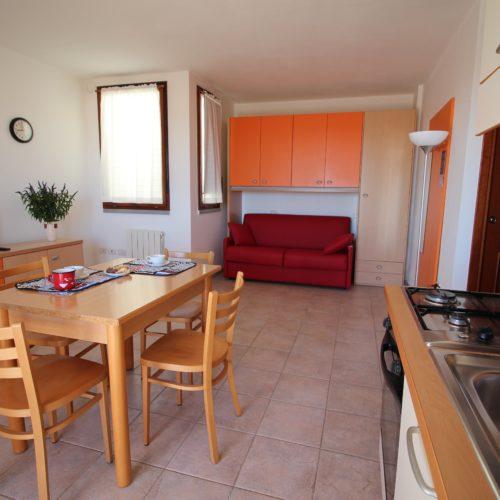 Casa Vacanze Toscana - Appartamento Piazza 3 - Living & Cucina | Corso 15 Case Vacanza