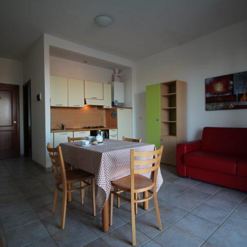 Casa Vacanze Toscana - Appartamento Piazza 2 - Living & Cucina | Corso 15 Case Vacanza